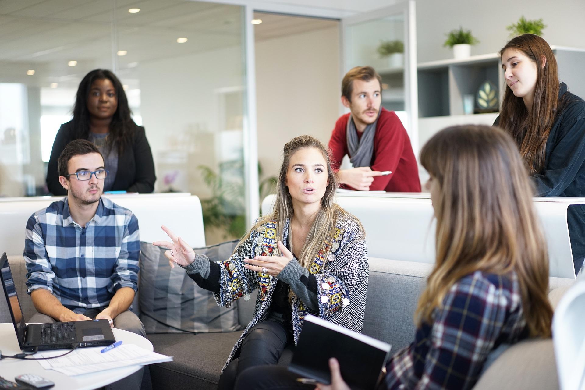 relaciones sociales en el trabajo