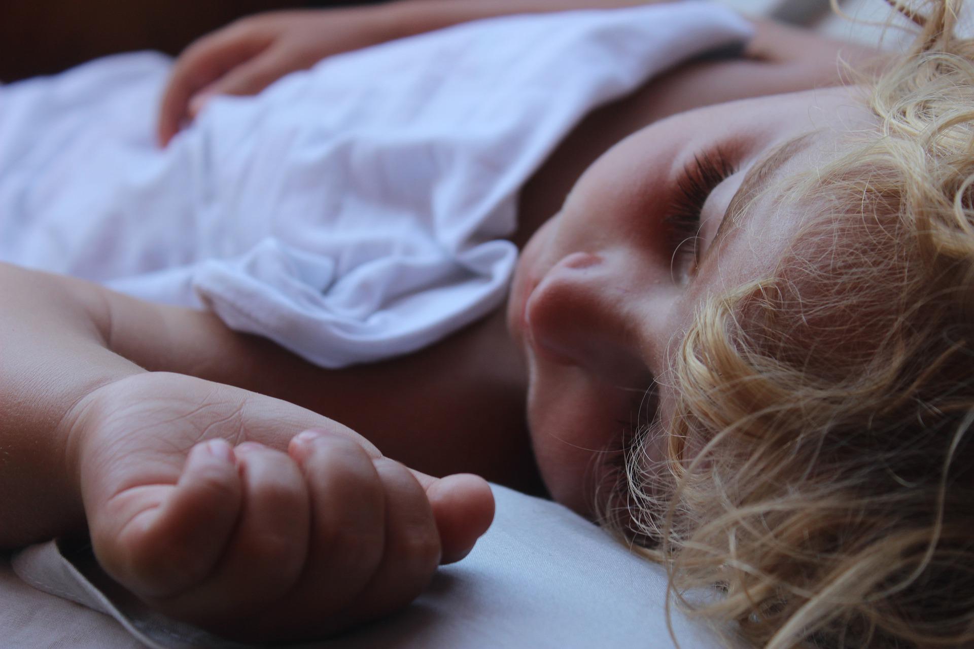 mi hijo no puede dormir solo