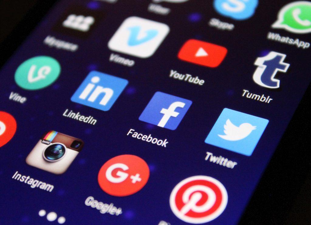 la influencia negativa de las redes sociales en nuestra autoetsima
